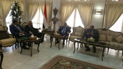 المخلافي يلتقي السفير الروسي لدى اليمن
