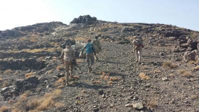 آخر مستجدات المعارك من غرب مدينة تعز .. الجيش يسيطر على مواقع جديدة وأسر قيادي حوثي