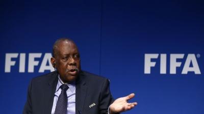 إحالة رئيس الاتحاد الإفريقي لكرة القدم عيسى حياتو للمحاكمة الجنائية