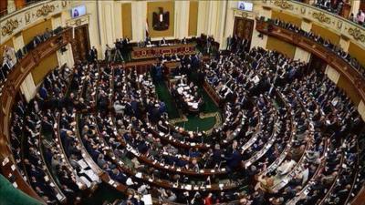 """رئيس البرلمان المصري يكشف سبب تأخير دراسة  قضية """"تيران وصنافير"""""""
