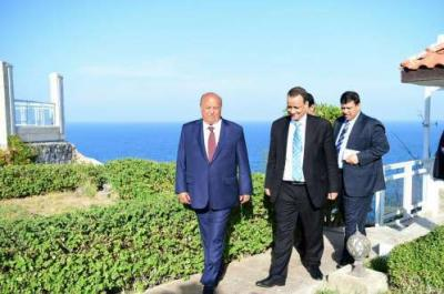 مصدر يكشف حقيقة رفض الرئيس هادي لقاء ولد الشيخ ومصير الهدنة المرتقبة
