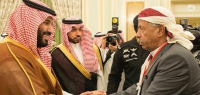 السعودية تعزز من تحالفاتها القبلية تمهيداً لمعركتي الحديدة وصنعاء .. وتبتعد عن قبيلة حاشد