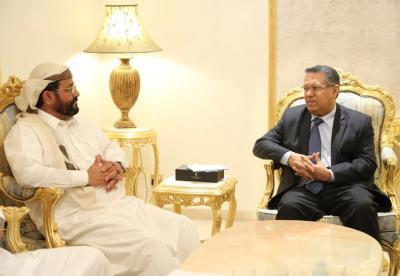 رئيس الوزراء يوجه باعتماد عدد من المشاريع في محافظة مارب