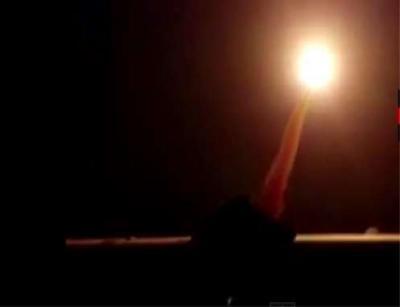 الحوثيون يطلقون 4 صواريخ على المخا