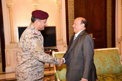 الرئيس هادي يستقبل نائب قائد القوات البرية السعودية
