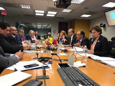الاتفاق على تخصيص 816 مليون دولار لمشاريع طارئة في اليمن