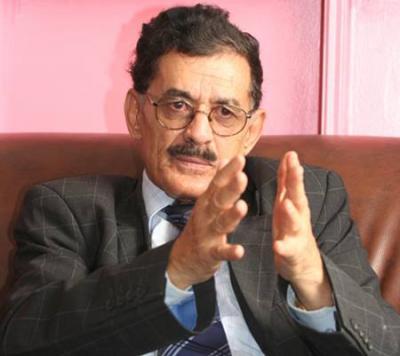 محمد غالب أحمد يخرج عن صمته ويقول : باذيب متمرد على الحزب الاشتراكي