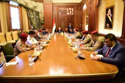 الرئيس هادي يترأس إجتماعاً لمجلس الدفاع الوطني
