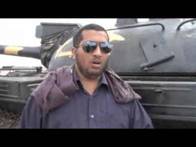 طائره عسكرية سعودية تنقل قائد اللواء الرابع حمايه رئاسية من عدن إلى الرياض بعد توتر أمني في مطار عدن