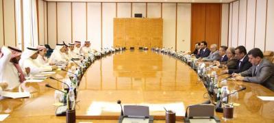 بن دغر  يناقش مع مؤسسة النقد السعودي الدعم الفني للبنك المركزي