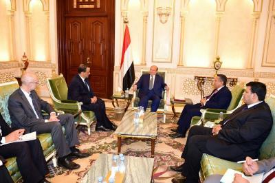 """الرئيس هادي يستقبل المبعوث الأممي إلى اليمن """"ولد الشيخ"""""""