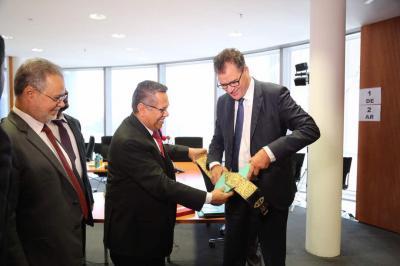 بن دغر يلتقي وزير التنمية و التعاون الدولي الألماني