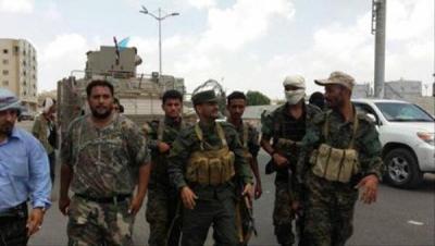 التفاصيل الكاملة لما حدث في مطار عدن من مواجهات مسلحة ومن هي الجهة التي تسلمت المطار ؟