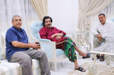 علي سالم البيض يظهر من جديد من الإمارات وسط نشاط سياسي مرتقب ( صوره)