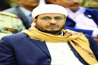 وزير الأوقاف يستنكر انتهاكات الحوثيين بحق المساجد