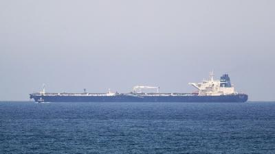 ناطق الجيش التابع للحوثيين وصالح يعلق على إستهداف ناقلة النفط في باب المندب