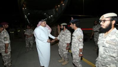 القوات القطرية المشاركة في التحالف العربي تصل قطر قادمة من السعودية