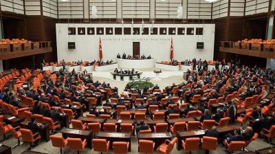 البرلمان التركي يوافق على مشروع قانون نشر قوات مسلحة في قطر