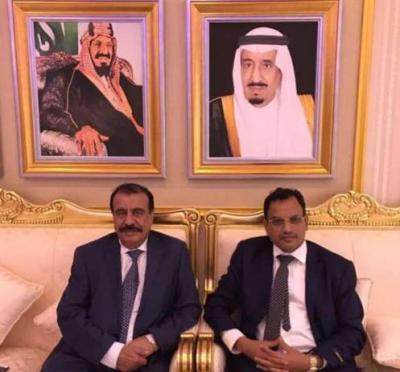 بن بريك والسقطري يصلان السعودية بدعوة من الديوان الملكي
