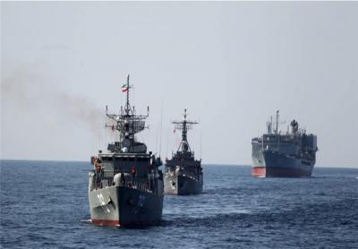 إيران ترسل سفينتين حربيتين إلى خليج عدن