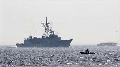 وصول سفينتين حربيتين أمريكيتين إلى قطر