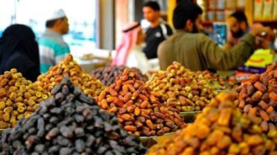 السعودية تهدي نيجيريا 200 طن من التمر في رمضان، فباعتها في الأسواق
