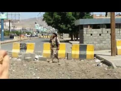 الحوثيون يفرجون عن مختطف بعد إصابته بالشلل