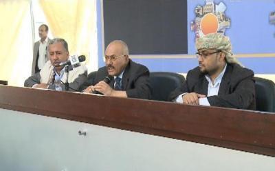 """الرئيس السابق """" صالح """" يحذر الحوثيين ويؤكد وقوفه إلى جانب """" آل عواض """" ويهاجم الشيخ عبد المجيد الزنداني"""