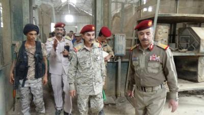 اللواء الزنداني يتفقد الكلية العسكرية والدائرة الفنية بعدن