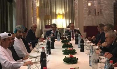 المخلافي يلتقي السفراء العرب المعتمدون لدى الجزائر