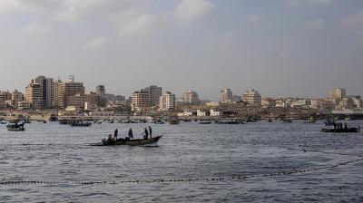 السلطات المصرية تفرج عن 10 صيادين يمنيين