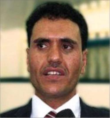 القيادي الحوثي العرجلي يهدد وزير الصحة في حكومة صنعاء ويعتدي على مدير مكتبه