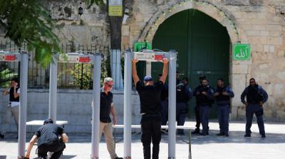 إسرائيل تعلن إزالة كل الإجراءات الأمنية من الأقصى