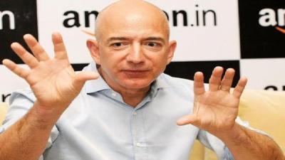 """مؤسس """"أمازون"""" أصبح الأغنى بالعالم وثروته 91 مليار دولار"""
