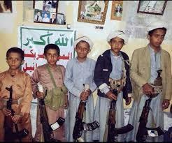 """صحفي مقرب من """" صالح """" يطلق تحذيراً ويدعوا الآباء للحفاظ على أبنائهم"""