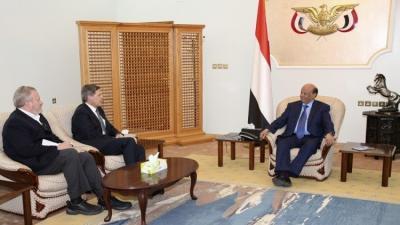 السفير الأمريكي لدى اليمن يكشف معلومات جديدة حول نفوذ بلاده في اليمن ودورها في الأزمة اليمنية