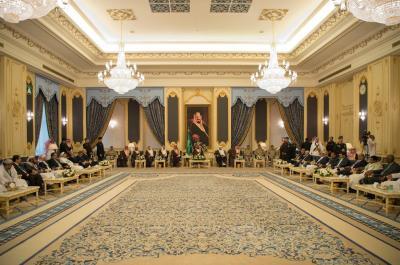 بالصور .. ولي العهد السعودي الأمير محمد بن سلمان يستقبل أعضاء مجلس النواب اليمني المؤيدين للشرعية