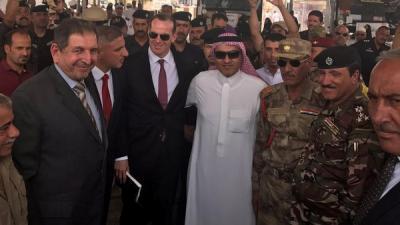 الوزير السعودي السبهان يزور منفذ عرعر ويغرد : عراق الأخوة والمحبة