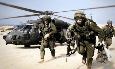 تحطم طائره مروحية أمريكية  قبالة سواحل اليمن وفقدان أحد طاقمها
