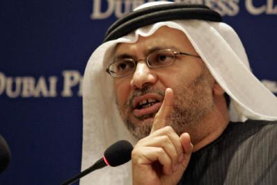 الوزير الإماراتي قرقاش يتحدث عن إنفجار خطير قد يحدث بين الحوثيين وصالح