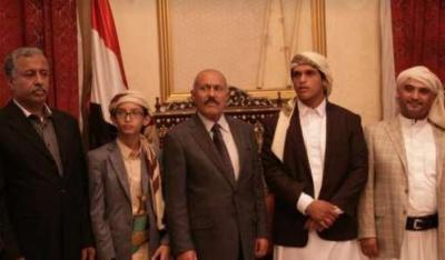 """الرئيس السابق """" صالح """" يكشف ماذا حدث لنجلة """" صلاح """" وخالد الرضي أثناء الإشتباكات مع الحوثيين بصنعاء"""