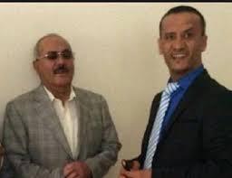 """الإعلامي المقرب من """" صالح """" والذي أجرى مقابلة معه مؤخراً يهاجم قيادات المؤتمر ويطالب الشرعية بالتدخل"""