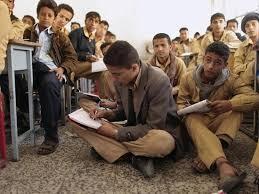 السفير البريطاني لدى اليمن : لا تعليم جيد لأطفال اليمن بدون تسوية سياسية