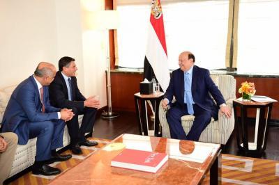 """الرئيس هادي يلتقي المدير التنفيذي لشركة """"جنرال اليكترنيك """" للطاقة ( صوره)"""