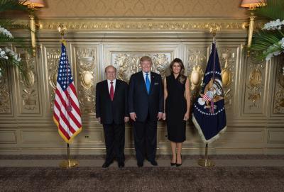 """الرئيس هادي يلتقي الرئيس الأمريكي """" ترامب """" ( صوره)"""