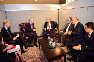 الرئيس هادي يلتقي وزير الدولة البريطاني لشؤون الشرق الأوسط