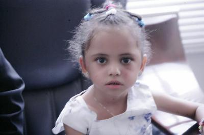 """حكم قضائي بشأن الطفلة """"بثينة"""" يفضح تزوير وتسييس الحوثيين ( وثيقه)"""