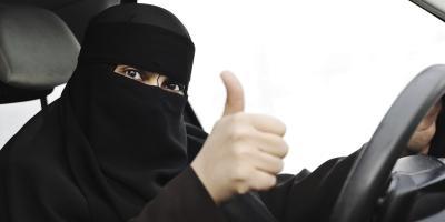 صدور أمر ملكي سعودي بإعداد مشروع نظام لمكافحة التحرش عقب صدور قرار يسمح للمرأة بقيادة السيارات