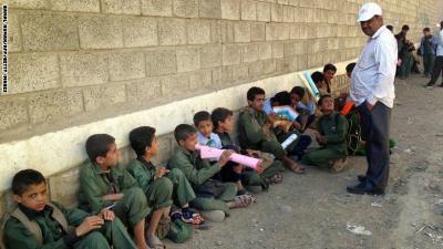الحوثيون يفشلون في إجهاض إضراب المعلمين بصنعاء