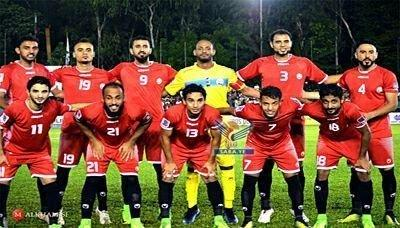 المنتخب الوطني يصل قطر ويبدأ معسكراً تدريبياً استعداداً للمباراة القادمة